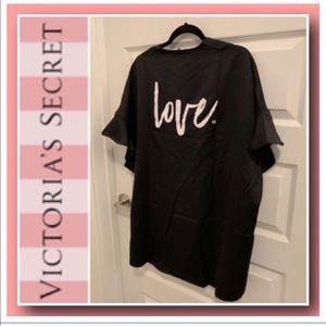 """Victoria's Secret """"LOVE"""" Kimono Wrap💕"""